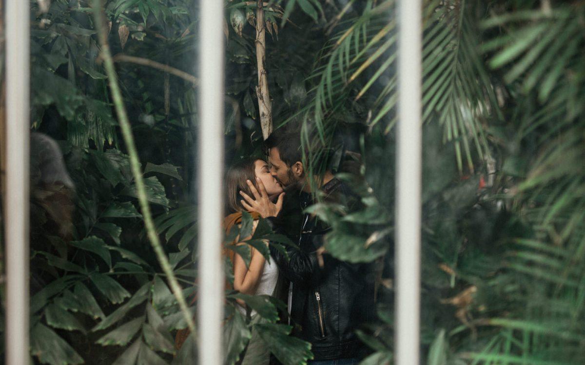 S + C · Sesión íntima de pareja en el Jardín Botánico